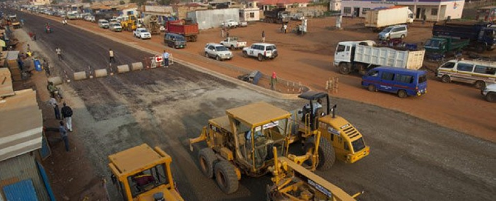 South Sudan's Juba Rumbek Highway being constructed based on President Salva Kiir Mayardit contract with Chinese firm [Photo by Sudans Post]