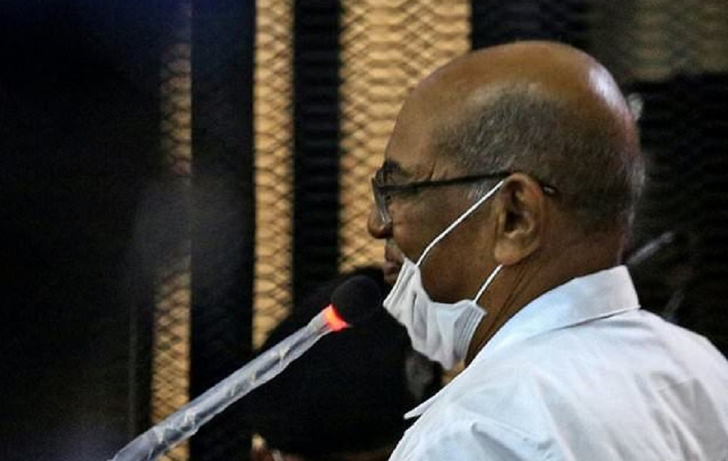 Sudan's ousted president Omar al-Bashir answers procedural questions during his trial in Khartoum [Photo by AFP]