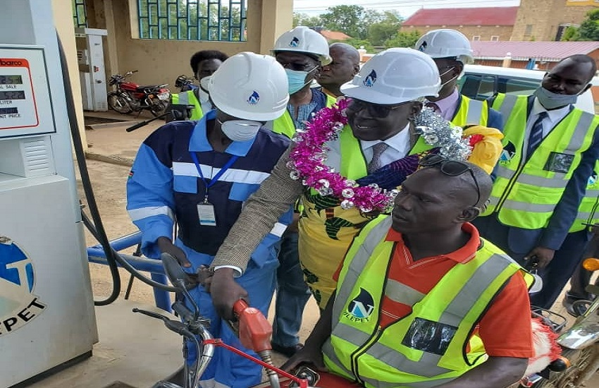 Newly-appointed Managing Director of Nile Petroleum Corporation (Nilepet) Eng. Bol Ring Mourwel has officially re-launching fuel retailing all stations in Juba [Photo by Nilepet]