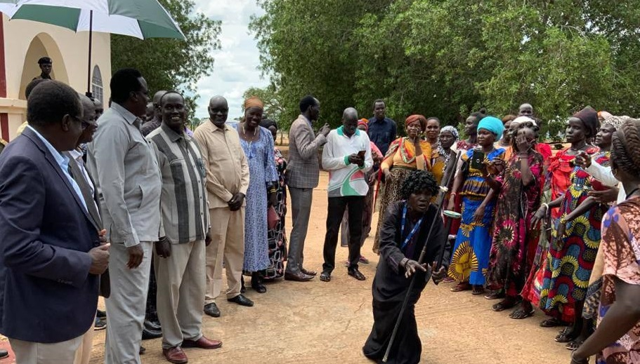 Group of businesswomen visiting Unity state governor in Bentiu [Photo by governor's press office]