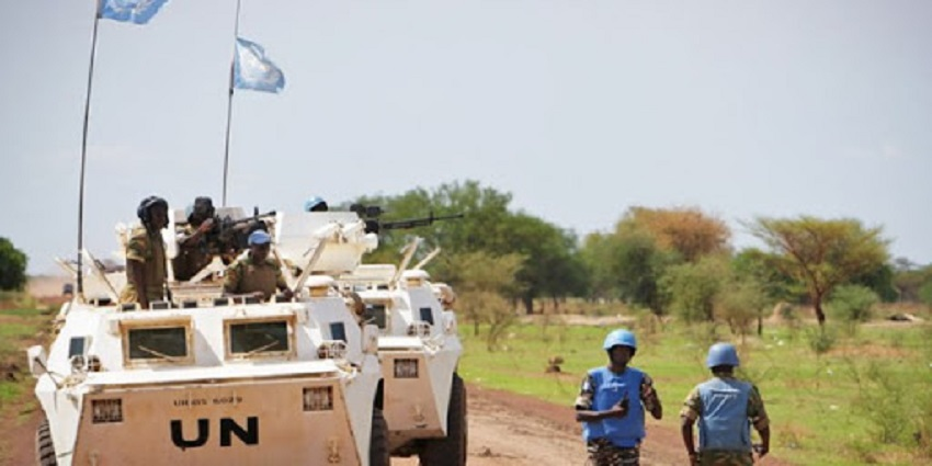UN peacekeeping soldiers seen on petrol in the disputed region of Abyei [Photo via UN Information Centre]