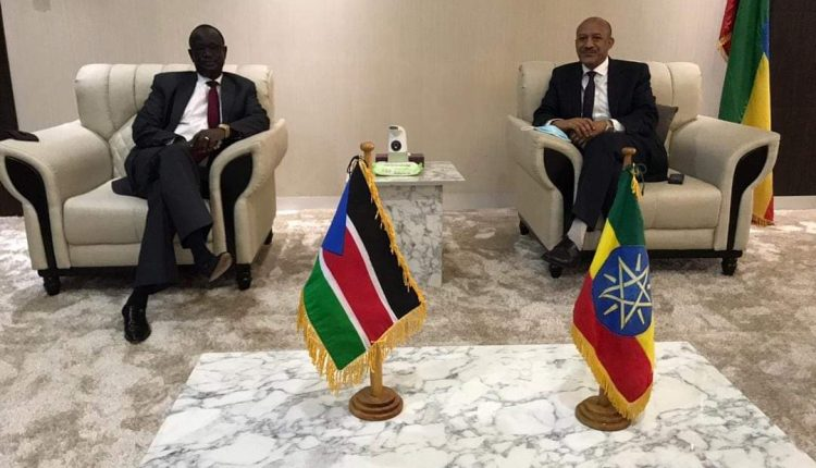 Director General of the National Intelligence and Security Service (NISS) of Ethiopia, Temesgen Tiruneh, meeting South Sudan's security chief General Akol Koor Kuc in Addis Ababa [Photo via FBC]
