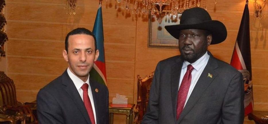 Egyptian ambassador to South Sudan Mohamed Kadah (left) presenting his credentials to President Salva Kiir Mayardit in Juba on November 27, 2019 [Photo courtesy's]