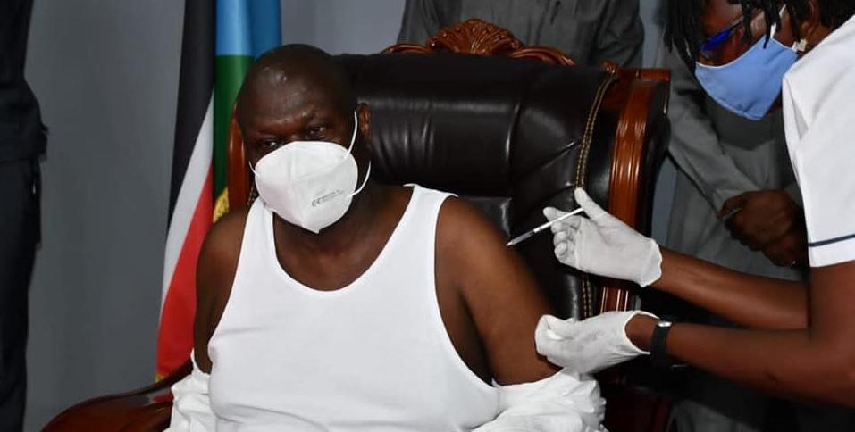 South Sudan First Vice President Dr. Riek Machar Teny receiving second coronavirus vaccine jab in Juba on June 2, 2021. [Photo by FVP's office]